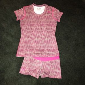 Under Armour Pink Top and Short set sz Med